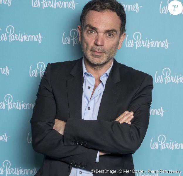 """Exclusif - Yann Moix - Photocall de la première du spectacle """"Les Parisiennes"""" aux Folies Bergères à Paris le 24 mai 2018. © Olivier Borde - Pierre Perusseau/Bestimage"""