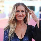 Sarah Jessica Parker : Robe fendue à Deauville, elle irradie de beauté