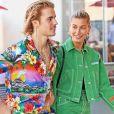 Justin Bieber et sa fiancée Hailey Baldwin quittent leur hôtel pour une balade dans les rues de Beverly Hills. Le couple, visiblement très amoureux, file le parfait amour depuis leurs fiançailles. Le 30 août 2018