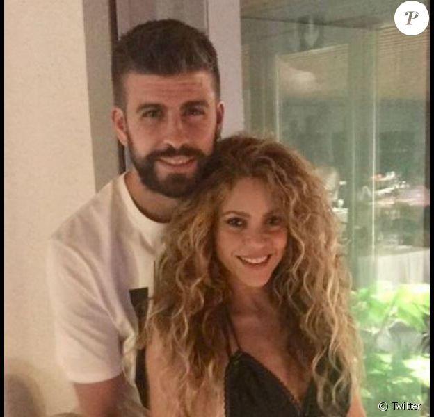 Shakira et son mari posent à Barcelone, le 14 septembre 2018