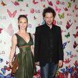 Jennifer Love Hewitt et son compagnon Jamie Kennedy le 29 avril 2009 à Los Angeles pour la soirée LG Rumorous Night