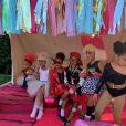 Exclusif - Kim Kardashian et sa fille North West lors du LOL Kids Fashion Show à Los Angeles le 22 septembre 2018.  Exclusive - Germany call for price - Kim Kardashian, North West, and Mykal-Michelle Harris pose at the LOL Kids Fashion show in Los Angeles september 22, 2018.22/09/2018 - Los Angeles