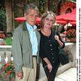 Archives - Brigitte Bardot et son mari Bernard d'Ormale en 2002 à Paris