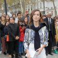 Alexa Chung arrive au défilé Valentino prêt-à-porter printemps / été 2019 aux Invalides à Paris le 30 septembre 2018. © CVS / Veeren / Bestimage
