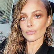 """Caroline Receveur : Star de la Fashion Week, elle dévoile ses """"beauty looks"""""""