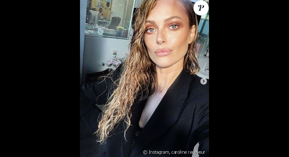 Caroline Receveur lors de la Fashion Week à Paris - Instagram, 2018
