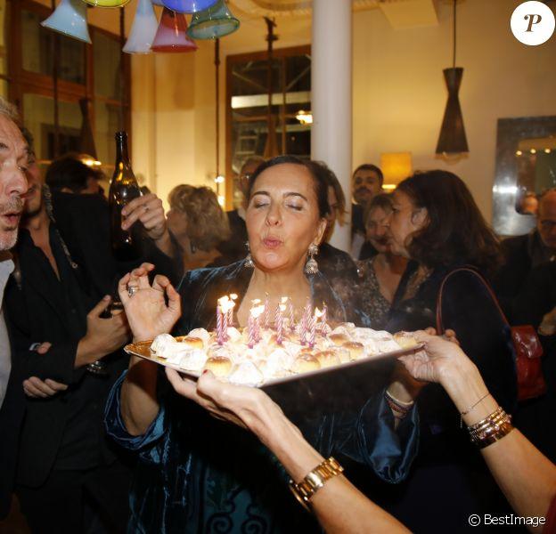"""Exclusif - Nathalie Garçon et son mari Jean-Marie Duprez - Nathalie Garçon fête ses """"60 ans et alors!"""" dans sa boutique à la Galerie Vivienne à Paris le 29 septembre 2018. © Marc Ausset-Lacroix/Bestimage"""