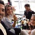 Jean-Pascal Lacoste, sa compagne Delphine Tellier et ses deux enfants, Kylie et Maverick - Instagram, 2018