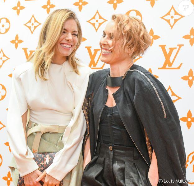 Sienna Miller et Noomi Rapace - Soirée d'inauguration du pop-up store dédié à la collaboration 'Louis Vuitton x Grace Coddington. New York, le 25 octobre 2018.