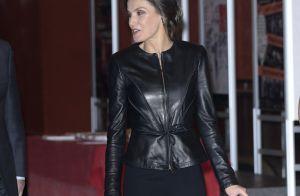 Letizia d'Espagne : En cuir et pantalon large, la reine surprend et séduit