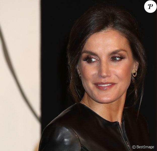 """La reine Letizia d'Espagne assiste à la première du film """"El Hombre Mosca"""" à la 63ème édition du festival du film de Valladolid le 26 octobre 2018."""