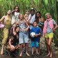 Yannick Noah entouré de tous ses enfants et petits-enfants, mais aussi de sa femme Isabelle Camus, à Hawaï. Photo publiée par Jenaye Noah sur Instagram le 13 mai 2018.
