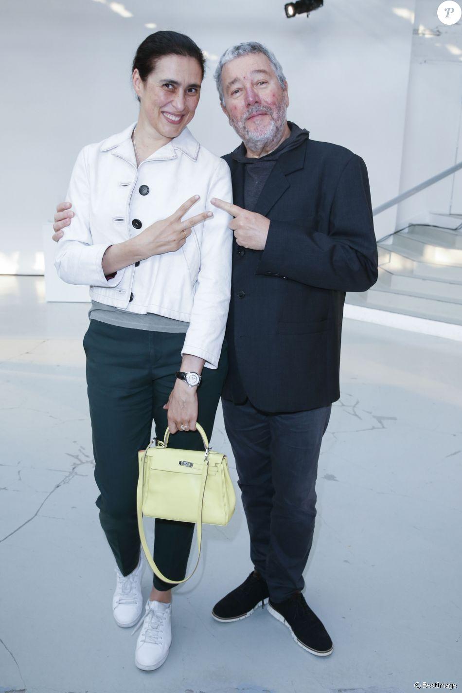 """Semi-exclusif - Philippe Starck et sa femme Jasmine - Cocktail du lancement du champagne Louis Roederer """"Cristal 2008"""" au Palais De Tokyo à Paris le 23 mai 2018. © Olivier Borde/Bestimage"""