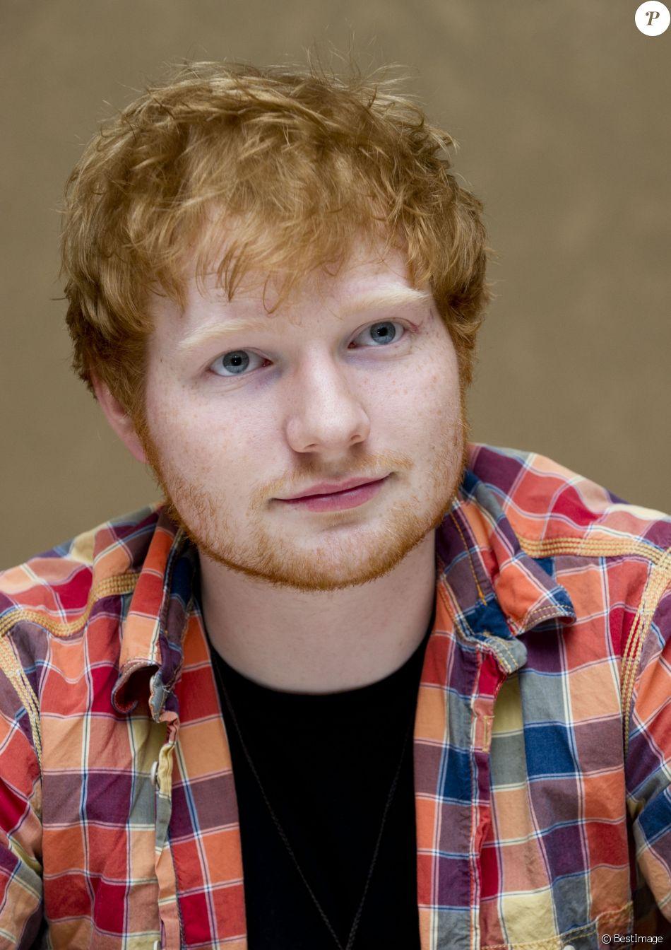 """Ed Sheeran en conférence de presse pour le film """"Le Hobbit : la desolation de Smaug"""" a Beverly Hills le 3 décembre à Los Angeles"""