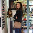 Daphne Zuniga est allée dans un salon de manucure à Beverly Hills, le 9 septembre 2016.