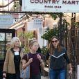 Jennifer Garner en compagnie de sa mère et de ses filles à Brentwood Los Angeles, le 16 novembre 2018