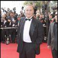 Yves Lecoq au 62ème Festival de Cannes. La voix de Patrick Poivre d'Arvor est guignolement élégante !