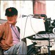 """ARCHIVES - BERNARDO BERTOLUCCI SUR LE TOURNAGE DU FILM """"UN THE AU SAHARA"""" EN 1989"""