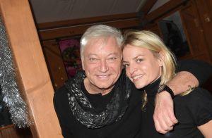 Jean-Luc Lahaye : Virée au marché de Noël avec sa jeune compagne Paola