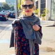 Exclusif - Julia Roberts fait du shopping à Los Angeles le 24 novembre 2018.