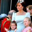 """Catherine (Kate) Middleton, duchesse de Cambridge, le prince William, duc de Cambridge, le prince George de Cambridge, la princesse Charlotte de Cambridge, Savannah Phillips - Les membres de la famille royale britannique lors du rassemblement militaire """"Trooping the Colour"""" (le """"salut aux couleurs""""), célébrant l'anniversaire officiel du souverain britannique. Cette parade a lieu à Horse Guards Parade, chaque année au cours du deuxième samedi du mois de juin. Londres, le 9 juin 2018."""