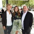 Sir Philip Green et ses enfants Chloe et Brandon - Arrivée des people au défilé Topshop lors de la fashion week à Londres, le 20 septembre 2015.