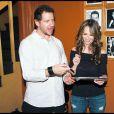 Jennifer Love Hewitt et son compagnon Jamie Kennedy à Nashville pour la promotion du dvd du comédien le 21 mai 2009