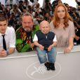 Andrew Garfield, Terry Gilliam, Verne Troyer et Lily Cole lors du photocall de L'Imaginarium du Docteur Parnassus le 22 mai 2009 dans le cadre du Festival de Cannes