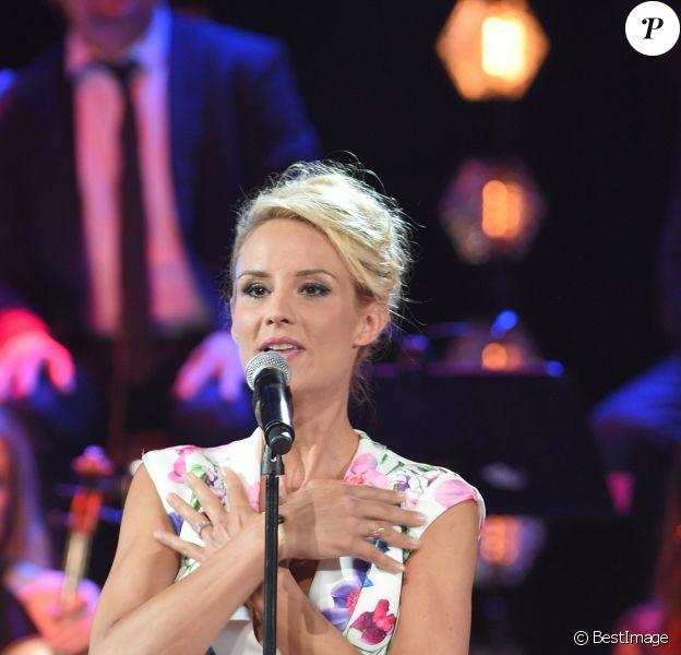 """Exclusif - No Web - Elodie Gossuin - Enregistrement de l'émission """"Bon anniversaire Line"""" à l'occasion des 90 ans de L.Renaud au Théâtre Bobino à Paris. Le 25 juin 2018. © Coadic Guirec / Bestimage"""