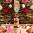 L'incroyable gâteau d'Evie pour son premier anniversaire.
