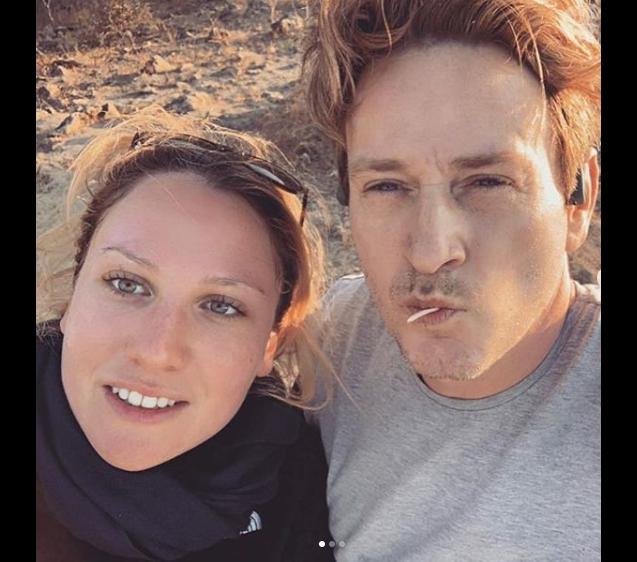 Benoît Magimel et son épouse Margot en voyage à Oman, dans la péninsule arabique, en décembre 2018.