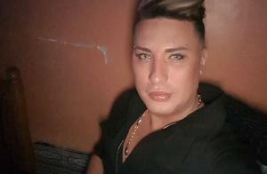 Houari Manar : Le chanteur est mort après une opération de chirurgie esthétique