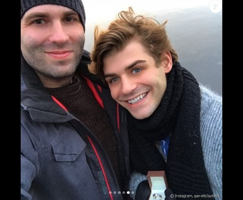 Garrett Clayton a partagé cette photo de lui et de son fiancé Blake Knight lors d'un séjour en Islande. Instagram, janvier 2019.