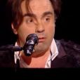 Ubare face à Frédéric Longbois dans The Voice 7 sur TF1 le 7 avril 2018.