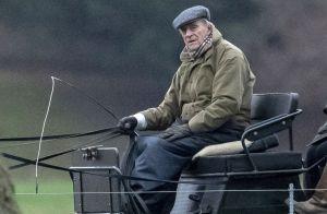 Accident du Prince Philip: Elizabeth II photographiée sans ceinture le lendemain