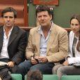 David Pujadas, Philippe Lellouche et Vanessa Demouy lors du tournoi de Roland Garros le 27 mai 2009