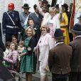 La comtesse Maya von Schönburg-Glauchau, sa fille Maria-Pilar Flick et sa mère la comtesse Beatrix von Schönburg-Glauchau lors du mariage de Maria Theresia von Thurn und Taxis et Hugo Wilson en l'église St Joseph à Tutzing, le 13 septembre 2014.
