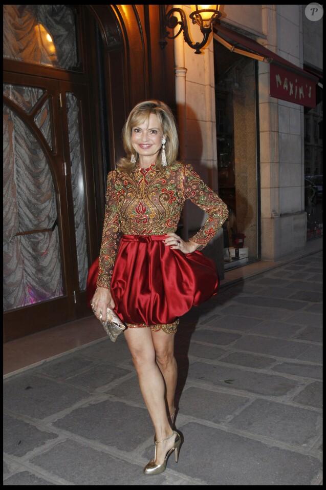 La comtesse Maya von Schönburg-Glauchau en avril 2010 chez Maxim's à Paris pour les 100 ans de Gloria et Thaddaeus.