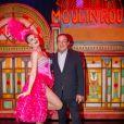 Exclusif - Le journaliste et présentateur de télévision français Jean-Pierre Pernaut pose avec les danseuses du Moulin Rouge à Paris, France, le 31 janvier 2019. © Marc Ausset-Lacroix/Bestimage
