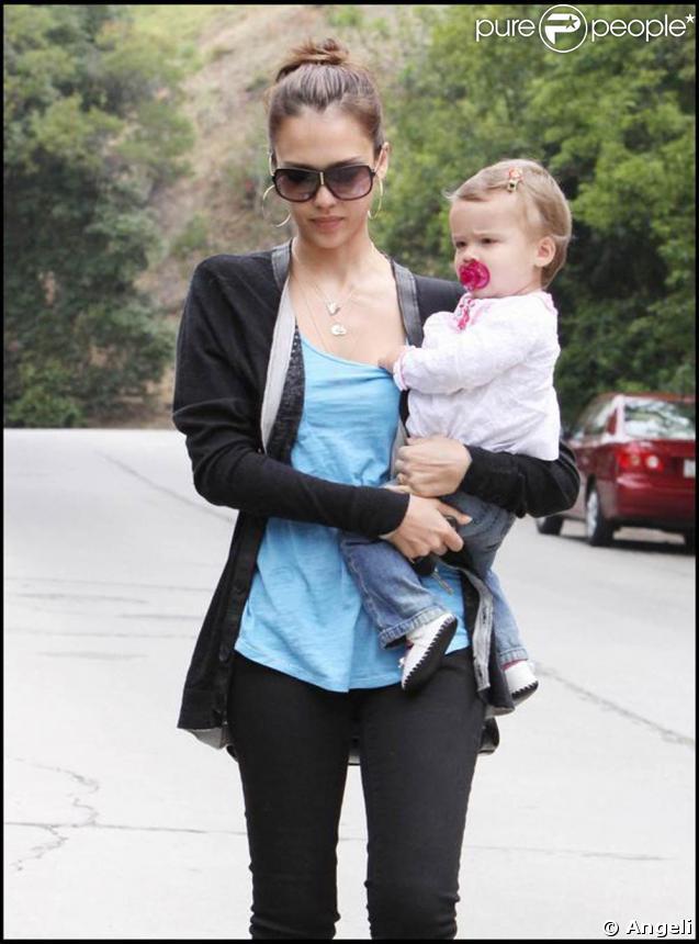 Jessica Alba et sa fille Honor Warren, à Los Angeles, le 26 mai 2009 !