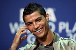 Cristiano Ronaldo : une bombe sexuelle qui affole les femmes et... les hommes !