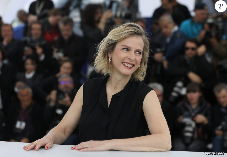 Karin Viard lors du photocall du film Les Chatouilles (Un certain regard) au 71ème Festival International du Film de Cannes, le 13 mai 2018. © Borde / Jacovides / Moreau / Bestimage