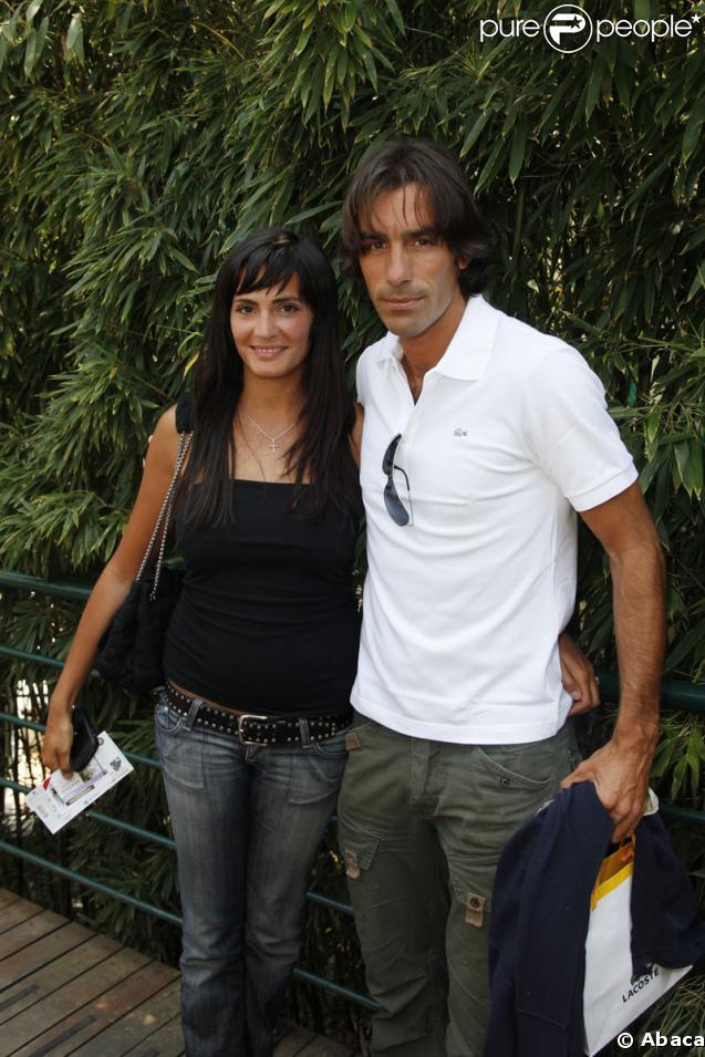 Robert Pirès et sa compagne Jessica à Roland Garros le 3 juin 2009