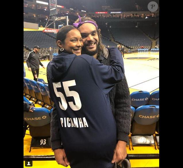 Lais Ribeiro est venue soutenir Joakim Noah lors du match des Grizzlies contre les Warriors le 19 décembre 2018.
