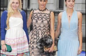 Yasmin Le Bon pose avec ses deux magnifiques filles... pendant que Stella McCartney joue à Cendrillon !