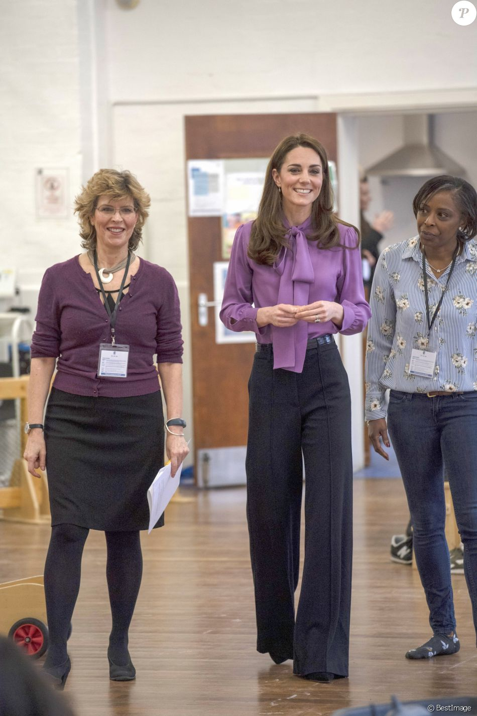 """Kate Catherine Middleton, duchesse de Cambridge, en visite au centre pour enfants """"Henry Fawcett"""" à Londres. Le 12 mars 2019"""
