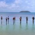 """Les 21 candidats sur les poteaux lors du premier épisode de """"Koh-Lanta, la guerre des chefs"""" (TF1) vendredi 15 mars 2019."""