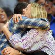 Drew Barrymore dans les bras de son ami Chris Miller