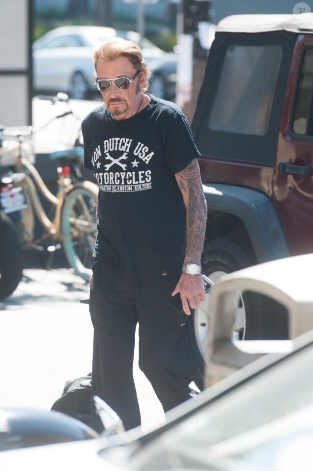 """Exclusif - De retour de sa virée à moto sur les traces de """"Easy Rider"""", Johnny Hallyday se rend à son cours de sport à Los Angeles. Le 6 octobre 2016."""
