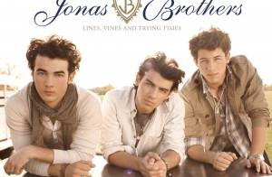 Les Jonas Brothers s'envolent avec le clip de